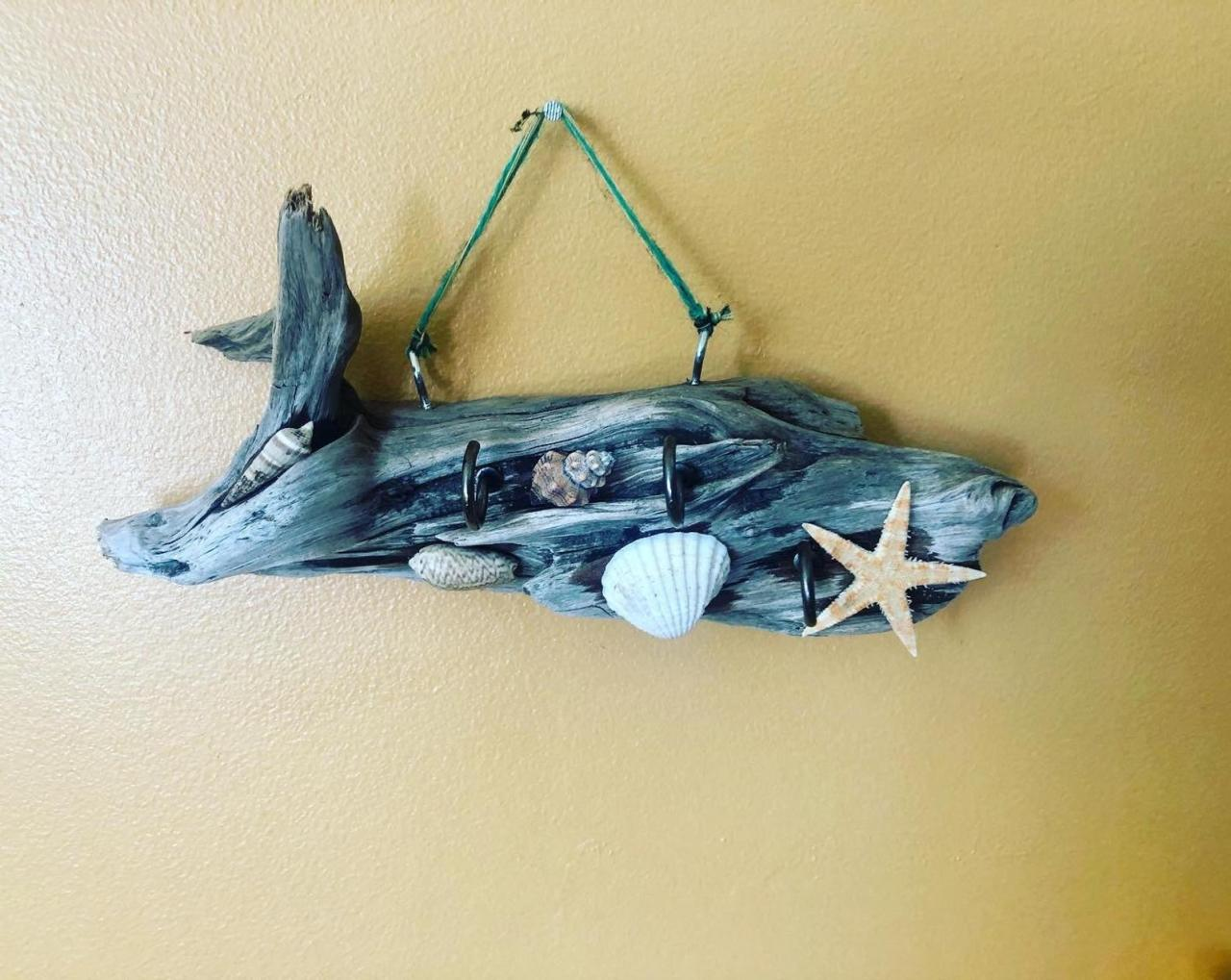 Seashore Jewelry Storage Organizer Rack - Beach Cottage Style - Driftwood, Shell, Beach Theme Jewellery holder , shells, starfish,
