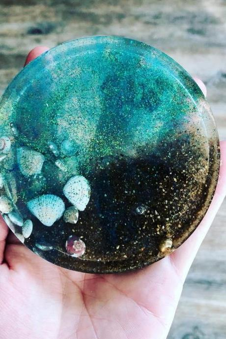 Set of 4 Ocean Side Bling Resin Coasters, Resin Art Resin Coaster / Coaster / Resin Petri Dish / Resin Petri Coaster / Handmade Coaster / Resin Art