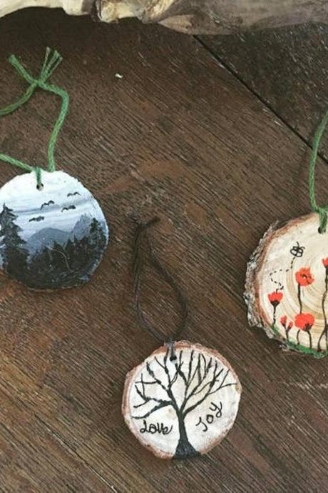 Set of 3 Handpainted Pine Wood Slices love and joy/ Poppy/tree of life Set Christmas