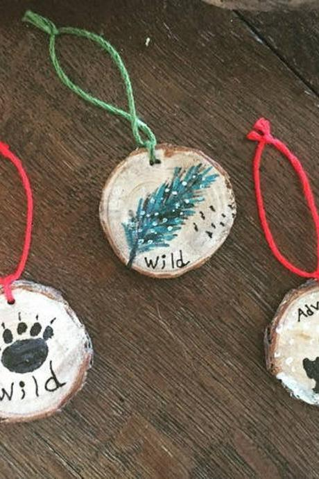 1 Handpainted bear/Bear paw/ Feather pine Ornament